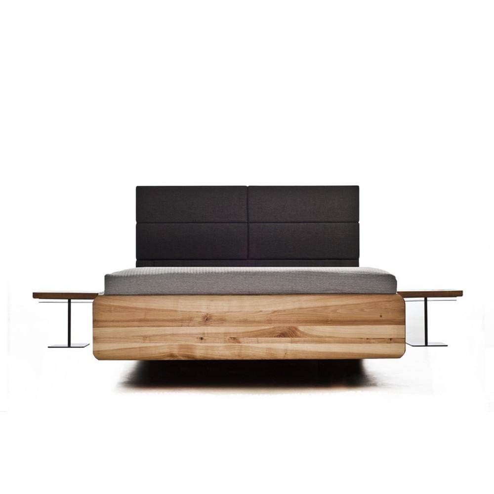 Posteľ z olejovaného jaseňového dreva Mazzivo Boxspring, 200×210 cm
