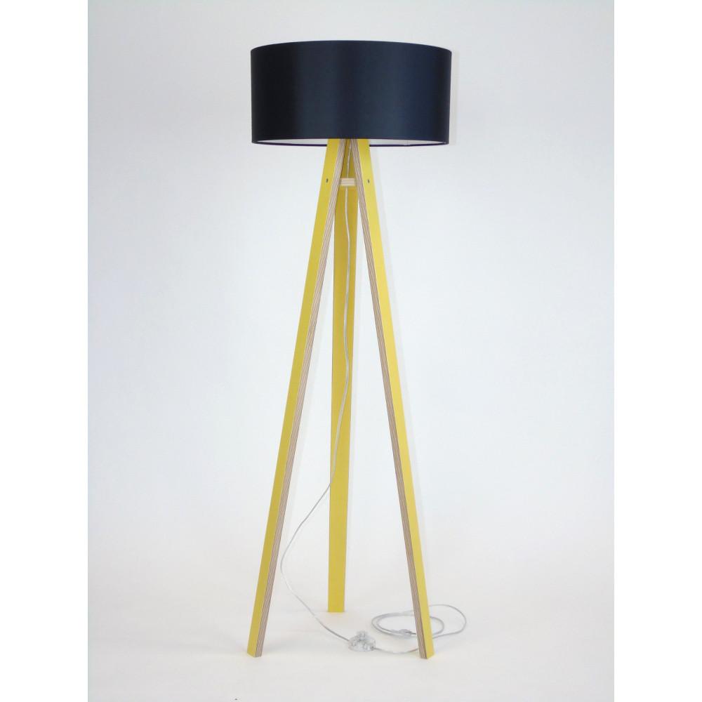 Žltá stojacia lampa s čiernym tienidloma transparentným káblom Ragaba Wanda