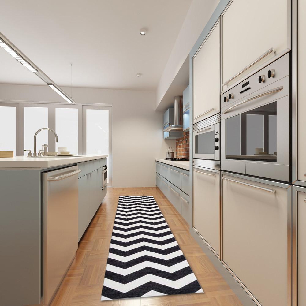 Vysokoodolný kuchynský koberec Webtapetti Optical Black White, 130 x 190 cm