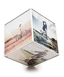 Rotujúci fotorámček Balvi Kube 6x 10x10cm