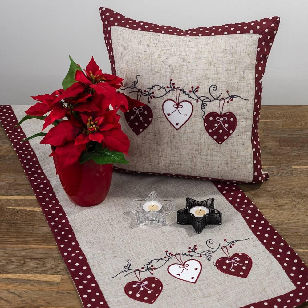 BO-MA Trading Vianočný obrus Srdiečka bodka červená, 40 x 90 cm