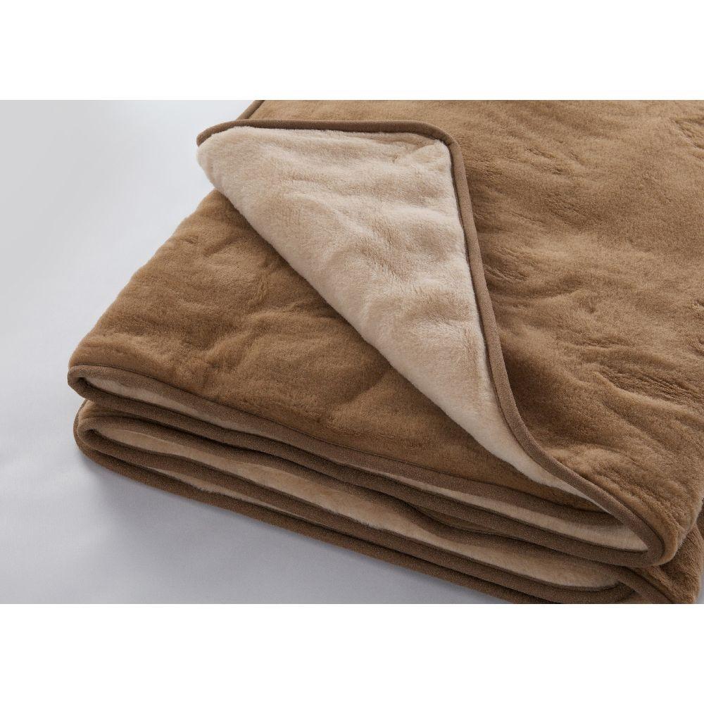 Vlnená hnedá deka Royal Dream Dark Brown, 220x200cm