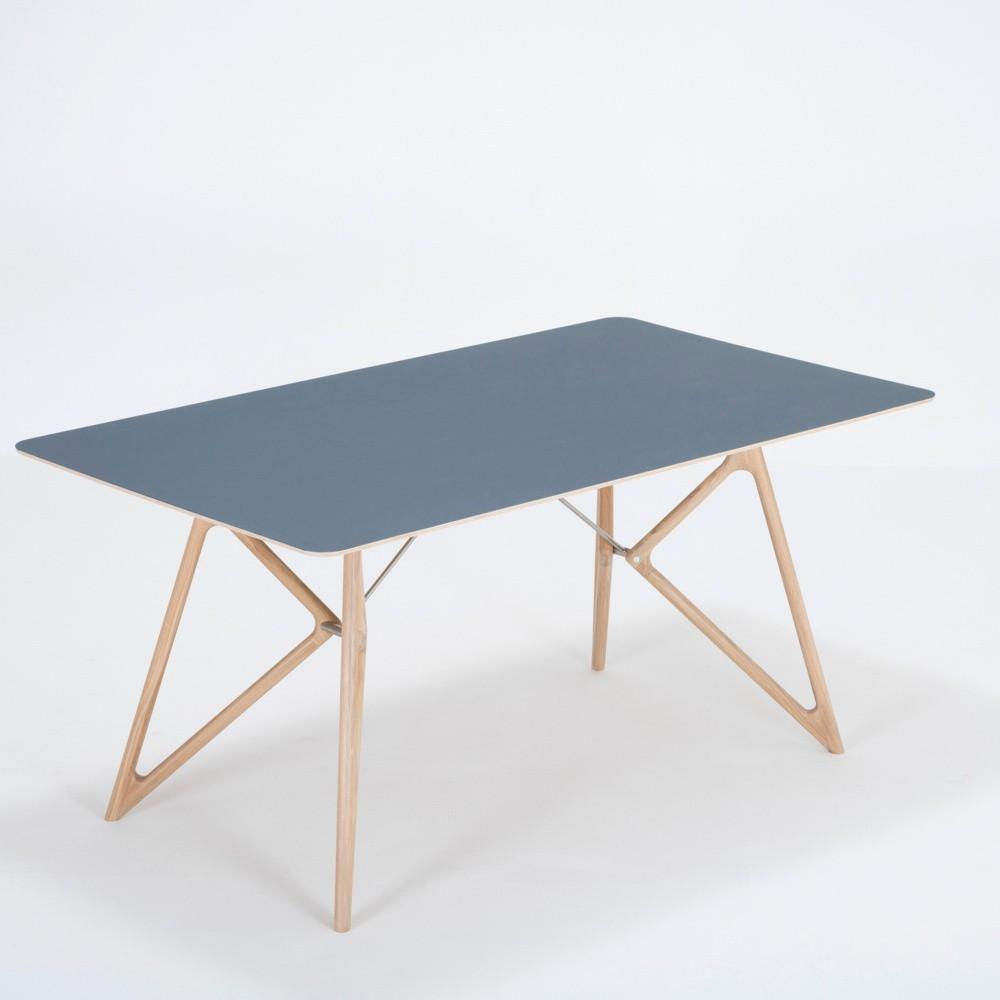 Jedálenský stôl z masívneho dubového dreva s tmavomodrou doskou Gazzda Tink, 160×90cm