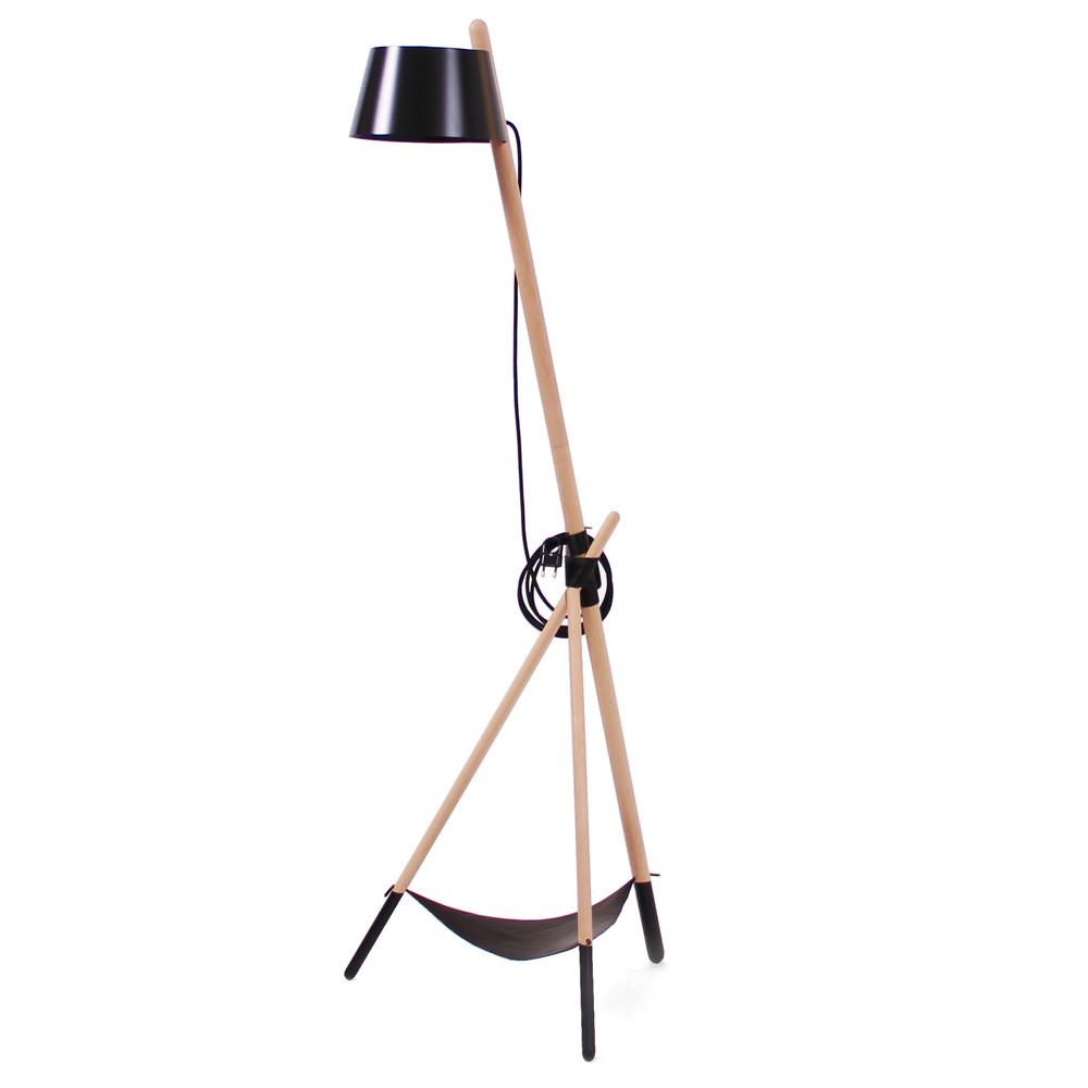 Čierna voľne stojacia lampa s odkladacím priestorom Woodendot Ka Medium