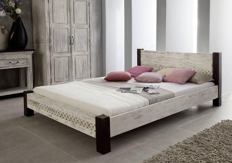 Bighome - ANTIK posteľ 200x200 mango, akácia
