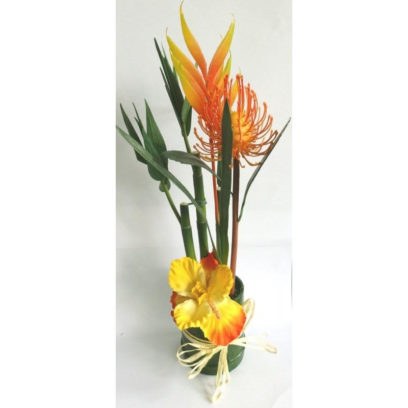 Aranžmá umelých kvetín Helicarie a bambusu