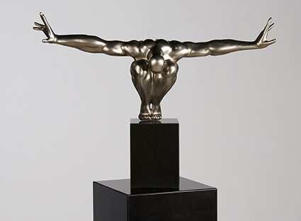 Dizajnová socha BOROYA - strieborná
