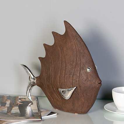 Dizajnová figúrka FISH - hnedá