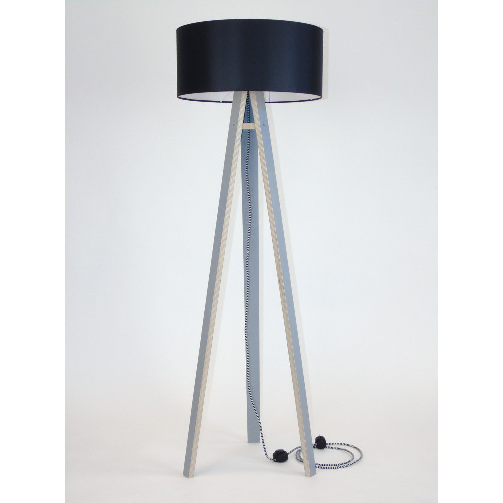 Sivá stojacia lampa s čiernym tienidloma čierno-bielym káblom Ragaba Wanda